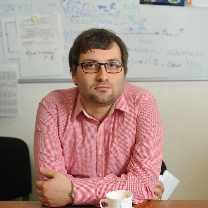 Mikhail Libkin Headshot